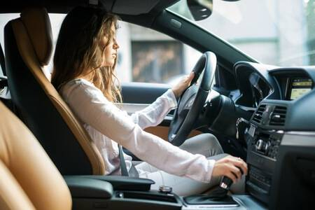 Safety advice for driving alone, from Ok Alone
